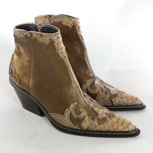 DONALD J PLINER Joya Bronze Western Ankle Boots